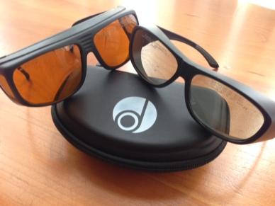 glasses_both