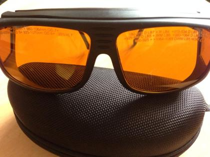Yag goggles2